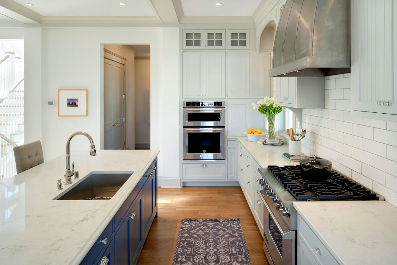 Excelsior Shingle Style kitchen