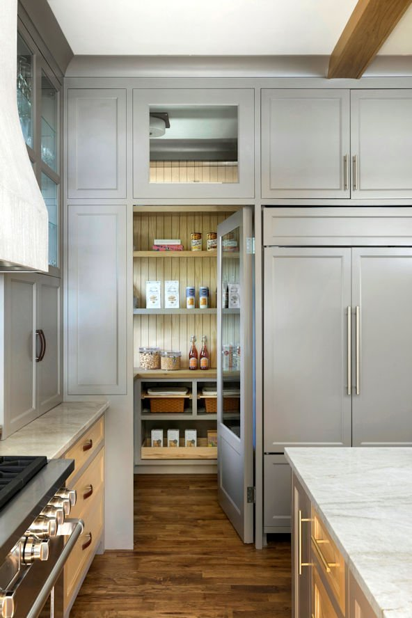 Minnetonka Transitional kitchen pantry