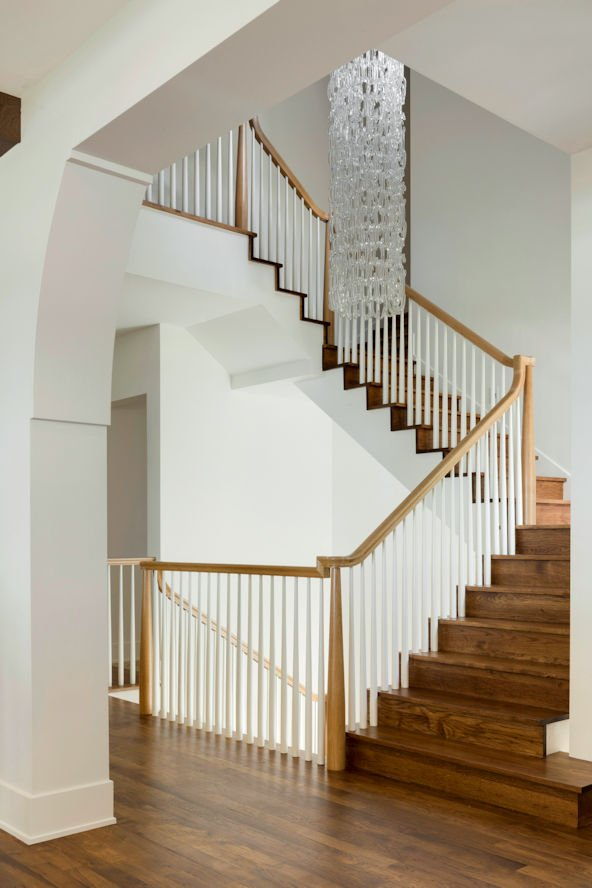 Minnetonka Transitional stairway