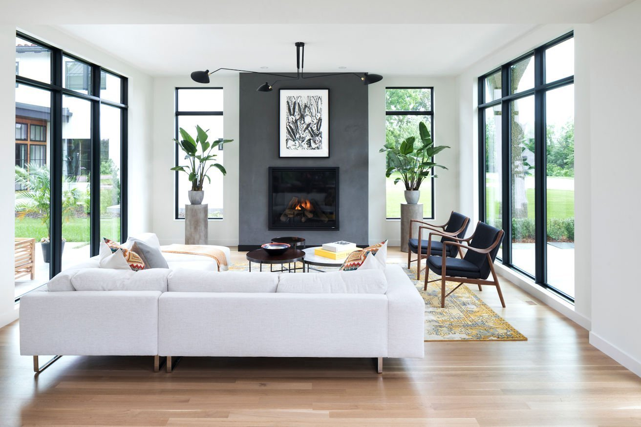 Mississippi Modern-style living room