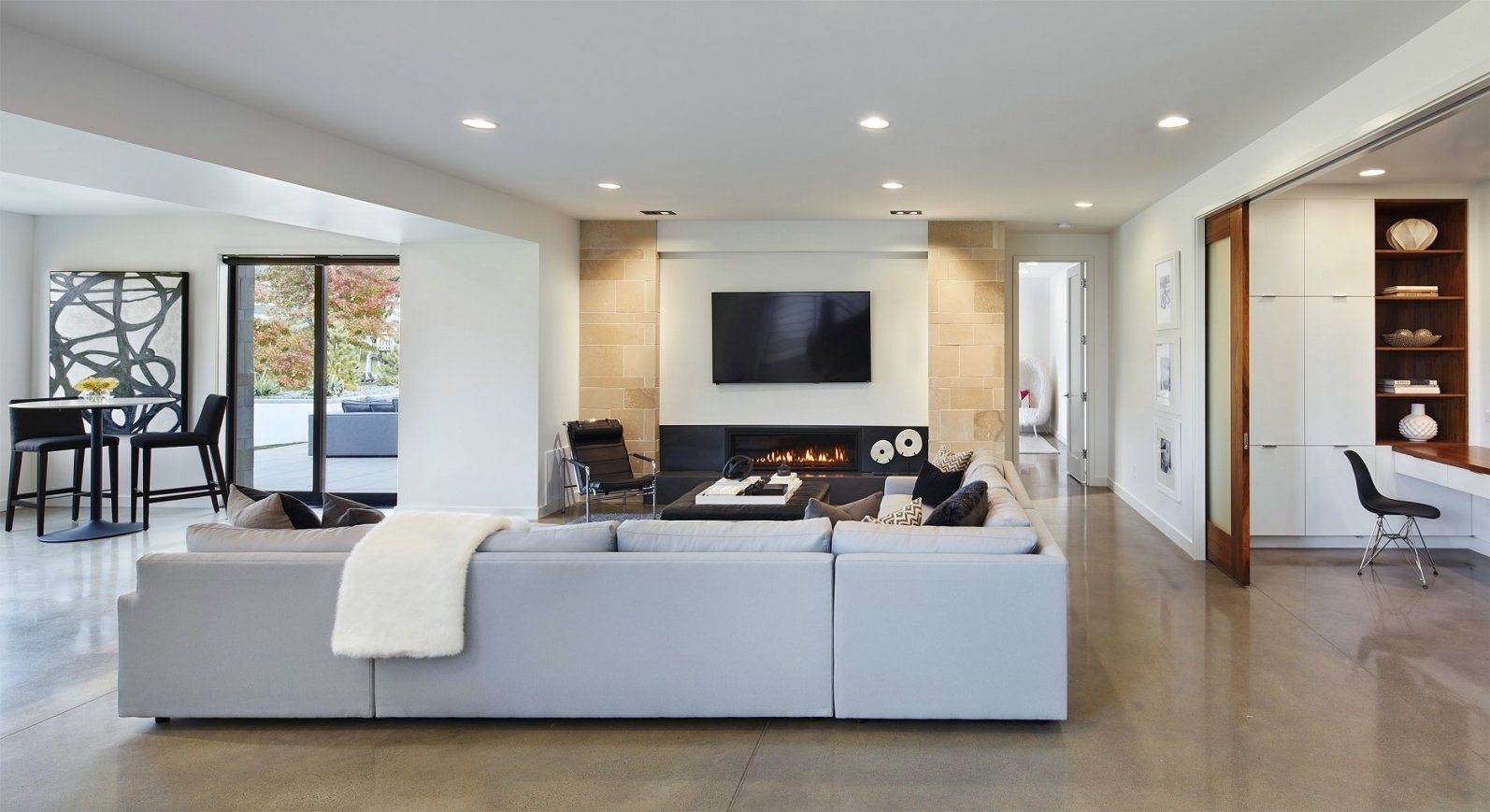 Sioux Falls Modern great room